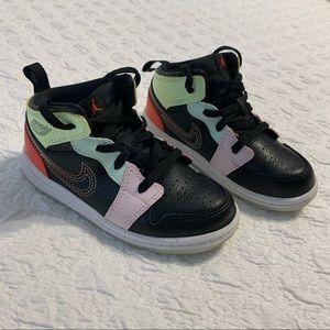 Nike • Air Jordan 1 mid glow in the dark sneakers